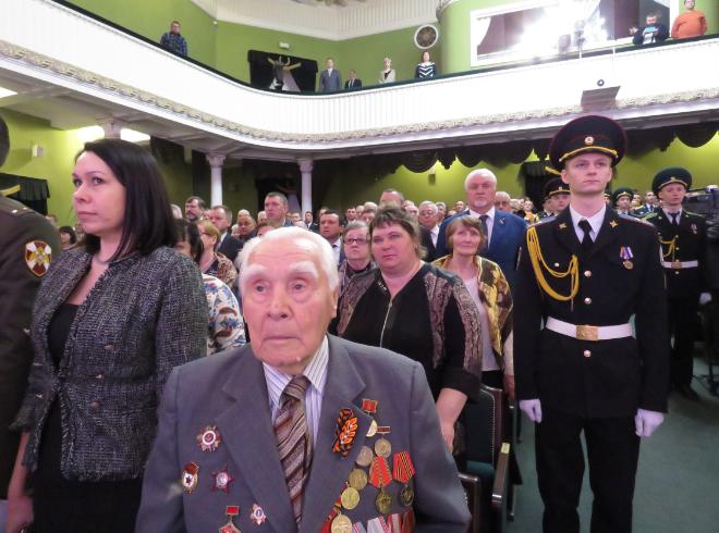 Тамбовских защитников Отечества поздравили с праздником
